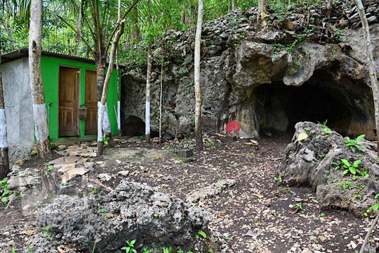 toilet dan wc umum di kawasan objek wisata goa gajah di mangunan dlingo bantul