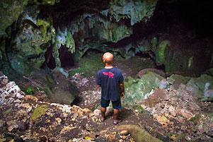 Thumbnail untuk artikel blog berjudul Ke Goa Gajah Mangunan Bareng Mbah Gundul