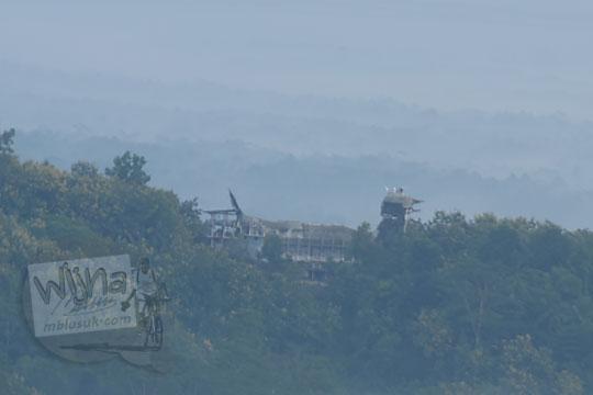 foto gereja ayam dilihat dari pos mati di desa giritengah borobudur magelang pada maret 2018