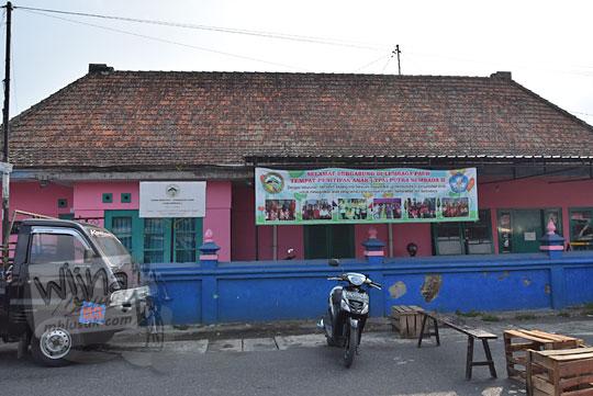 kondisi bekas stasiun tempel jogja pada saat ini jadi tempat penitipan anak