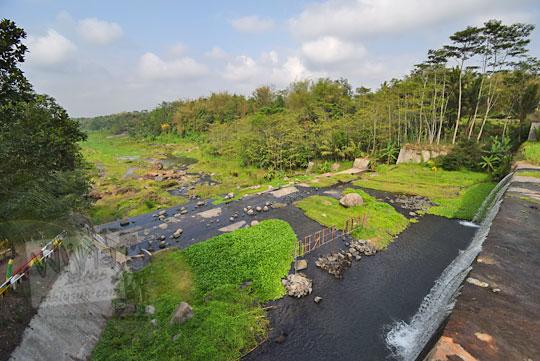 pemandangan cantik dam sabo kali krasak di bangunrejo tempel