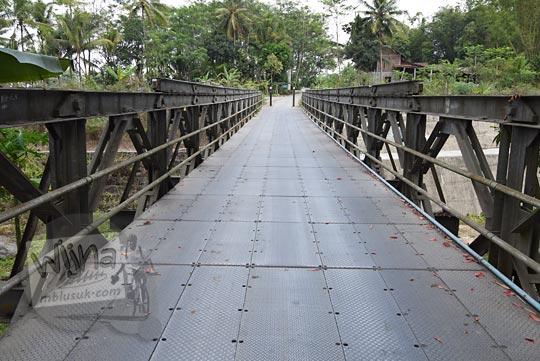 jembatan besi cawakan srumbung