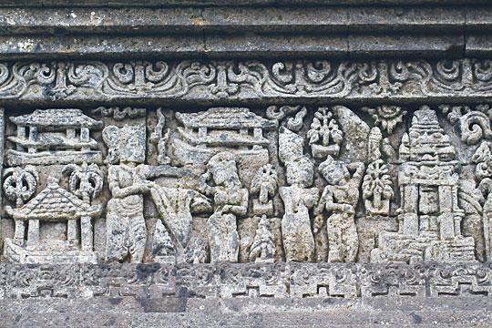 relief drupadi candi jago