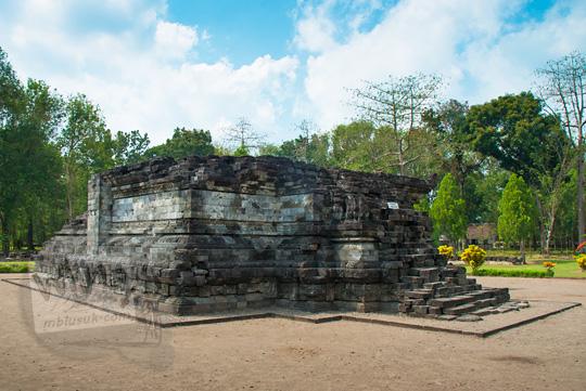 sisi muka candi tegowangi di Kediri Jawa Timur pada zaman dulu September 2016