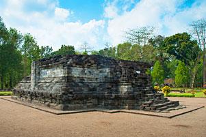 Thumbnail untuk artikel blog berjudul Yang Menarik dari Candi Tegowangi