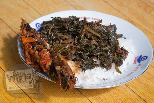 masakan tradisional yogyakarta yang bernama mangut lele khas mbah marto di sewon bantul
