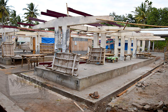 pembuatan tiang beton saat renovasi pasar kenteng nanggulan pada zaman dulu agustus 2018