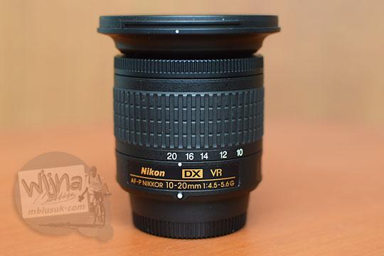 tampilan depan lensa wide nikon af-p 10-20 vr dx