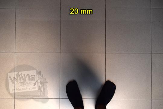 tes distorsi lensa wide nikon af-p 10-20 vr dx di 20 mm