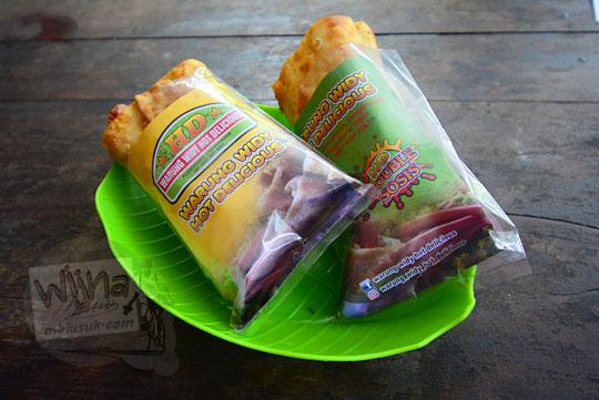 penampilan menu makanan hotdog murah di warung widy hot delicious cangkringan