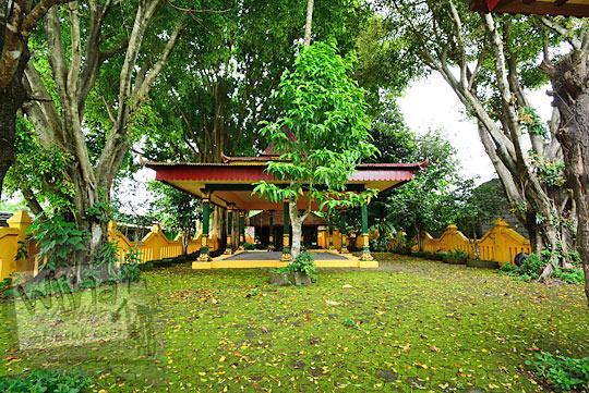 tempat penarikan benda pusaka petilasan keraton gaib bathok bolu di dusun sambiroto purwomartani kalasan tahun 2018