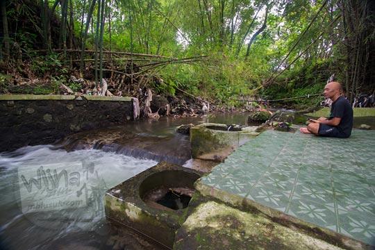 tempat semedi sendang ayu bathok bolu di dusun sambiroto purwomartani kalasan tahun 2018