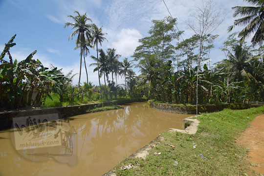 saluran irigasi di dusun jering sidorejo godean pada zaman dulu tahun 2018
