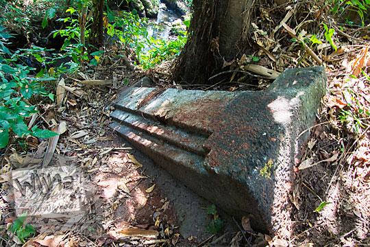sejarah batu candi watu gilang di dusun segaran tirtomartani kalasan sleman
