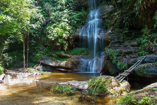 foto suasana sepi objek wisata objek wisata alam air terjun panisan di desa tanjung kecamatan koto kampar hulu riau pada zaman dulu April 2016