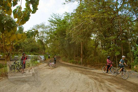 kenangan bersepeda ke desa mangir di bantul