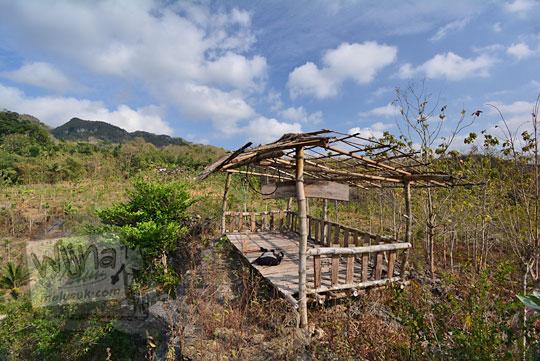 saung bambu wisata coblosan banyusoco