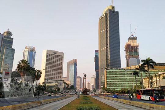 gedung bertingkat sekitar bundaran hotel indonesia