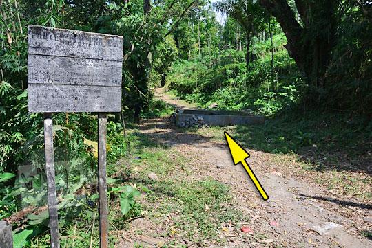 papan nama situs sejarah sumur kulon di musuk boyolali