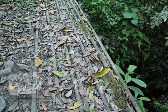 besi tua di situs sejarah sumur kulon musuk boyolali