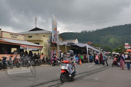 pilkades 2019 kantor desa jenawi karanganyar