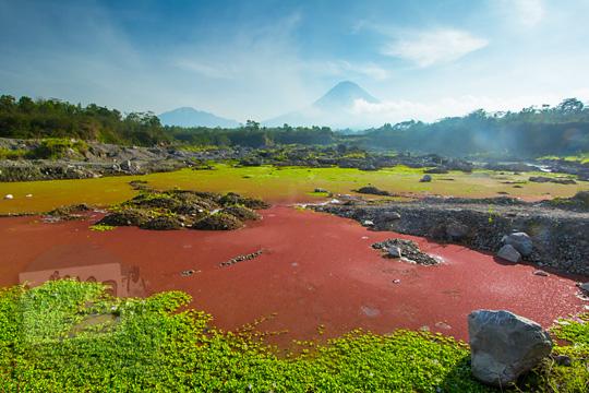 telaga merah di area tambang pasir gunung merapi magelang