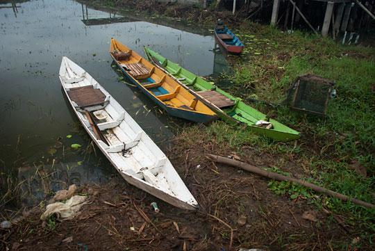 dua perahu nelayan rawa pening semarang