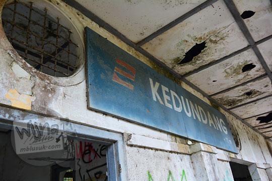 papan nama stasiun kedundang