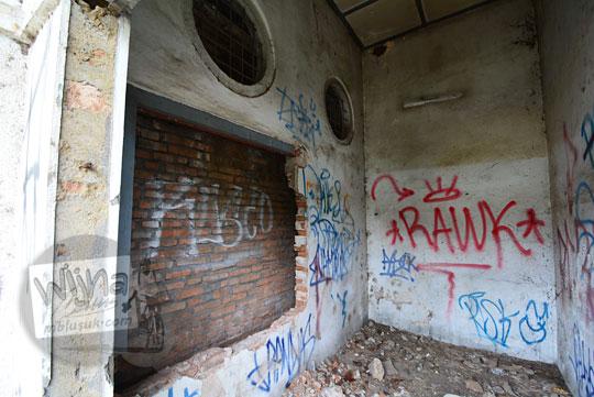 dinding ruangan ppka stasiun kedundang