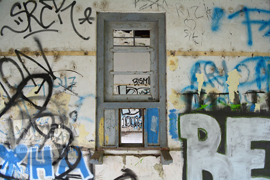 jendela loket tiket stasiun kedundang