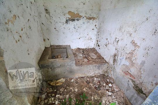 toilet tua stasiun kedundang