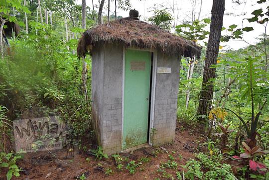 toilet curug glimpang