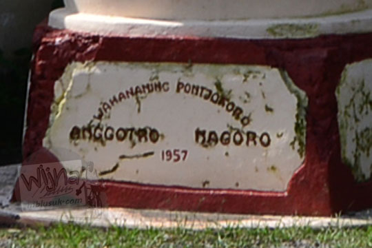 plakat monumen bom samigaluh bersih pada tahun 2019