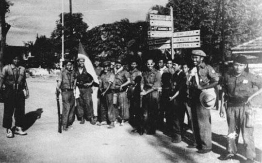 foto lawas para pejuang indonesia menduduki yogyakarta selama 6 jam pada serangan umum satu maret 1949