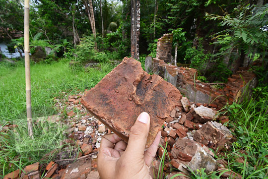 jenis batu bata rumah tua belanda seberang stasiun kedundang