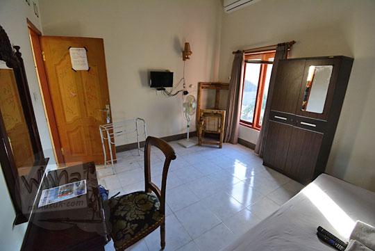 tampilan kamar banyu urip homestay kuta lombok