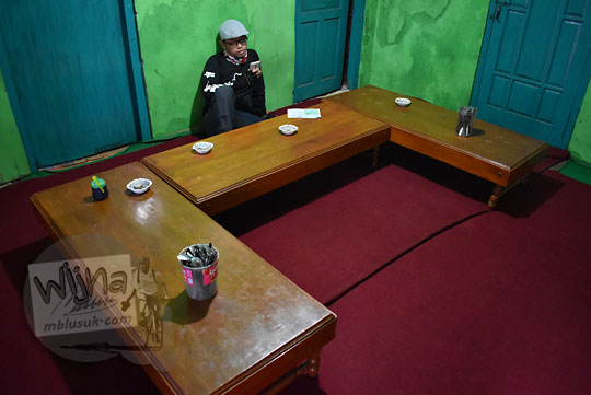 meja makan warung sederhana dusun kalilembu wonosobo