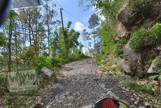 jalan rusak ke puncak gunung telomoyo dari ngablak magelang