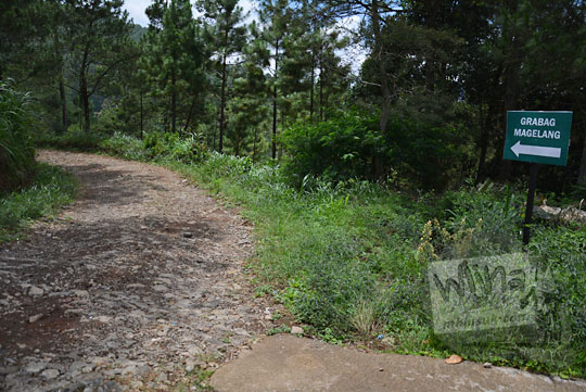 papan arah menuju pranten grabag magelang dari pagergedog ambarawa semarang