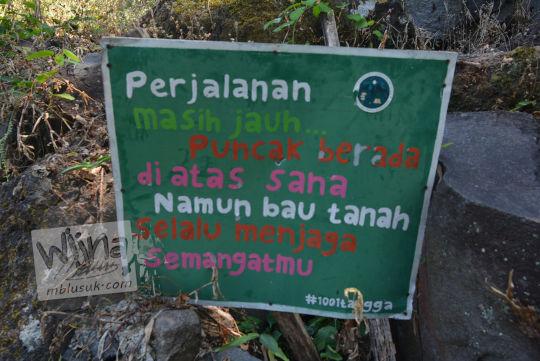 papan penyemangat seribu satu bukit manguntapa