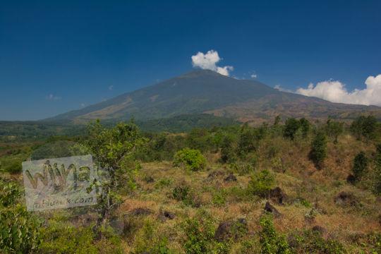 gunung ciremai puncak bukit seribu satu manguntapa
