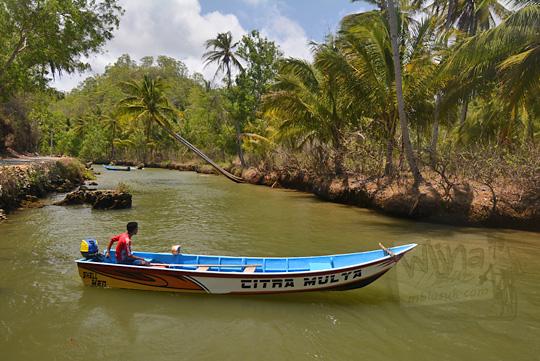 jenis perahu susur sungai cokel pacitan