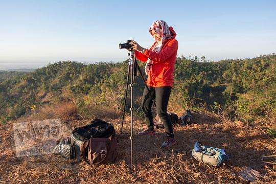 fotografer wanita najmustaqib arrauf bukit gondopurowangi kenalan borobudur magelang