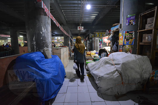 lorong lantai 2 pasar tawangmangu