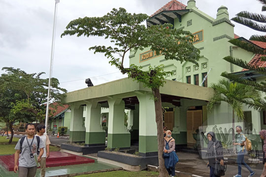 porch bangunan kodim 0734 yogyakarta