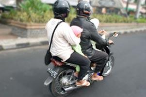 Akrobatnya Sepeda Motor