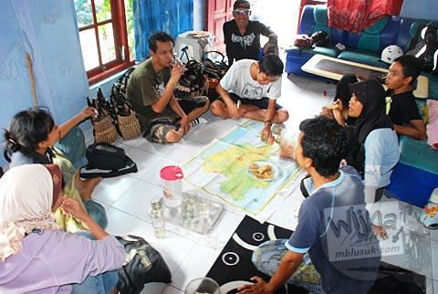 bertamu ke rumah Hertanto SPSS di Plosokuning, Minomartani, Ngaglik, Sleman, Yogyakarta