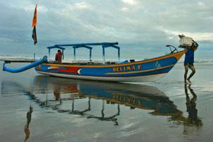 Thumbnail artikel blog berjudul Singgah di Pantai Pangandaran