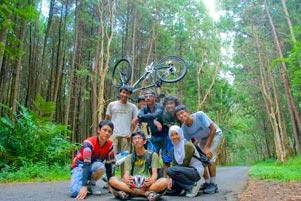 gambar/baru/foto-sepeda-mangunan-dlingo_2010_tb.jpg?t=20190327102411735
