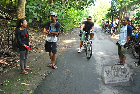 Suasana pagi di situs Gunung Permoni, Jetis, Bantul pada tahun 2011